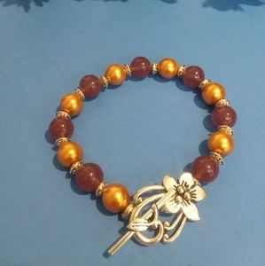 Jewelry - Beaded necklaces and bracelets